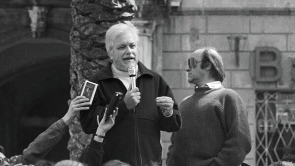 Писатель Лучано Де Крешенцо