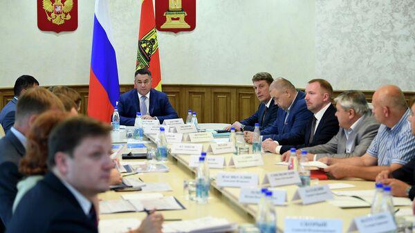 Губернатор Тверской области Игорь Руденя на совещании в областном правительстве. 22 июля 2019