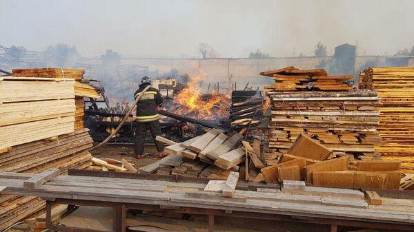 Пожар на пилораме в Красноярске. 24 июля 2019