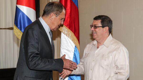 Министр иностранных дел РФ Сергей Лавров во время встречи с министром иностранных дел Кубы Бруно Родригесом Паррильей