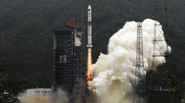 Запуск китайской ракеты-носителя Чанчжэн-2С со спутниками дистанционного зондирования Земли Яогань-30 с космодрома Сичан. 26 июля 2019