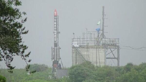 На стартовой площадке ракета MOMO 4
