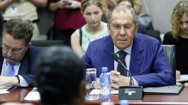Официальный визит министра иностранных дел РФ Сергея Лаврова в Суринам