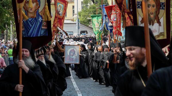 Крестный ход УПЦ Московского патриархата в Киеве. 27 июля 2019