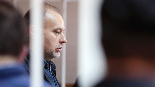 Бывший заместитель директора Федеральной службы исполнения наказаний Олег Коршунов во время оглашения приговора в Гагаринском суде города Москвы. 29 июля 2019