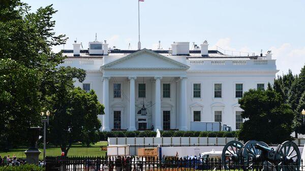 Здание Белого в Вашингтоне