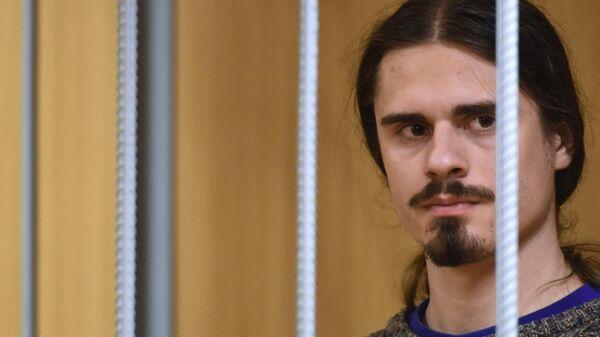 Иван Подкопаев, обвиняемый по уголовному делу о массовых беспорядках в центре Москвы 27 июля, во время рассмотрения ходатайства следствия об аресте в Пресненском суде Москвы. 2 августа 2019