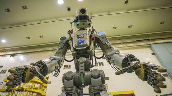 Антропоморфный робот Skybot F-850, помощник экипажа Международной космической станции