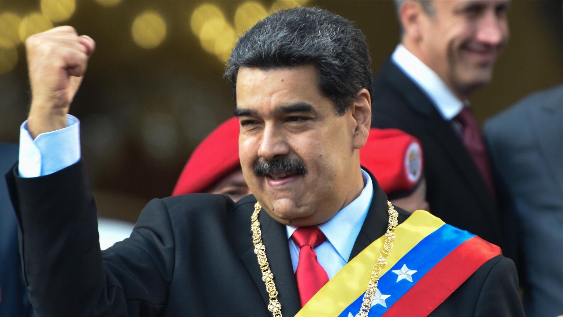 Президент Венесуэлы Николас Мадуро во время акции протеста против санкционной политики США на одной из улиц Каракаса - РИА Новости, 1920, 06.03.2021
