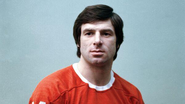 Член сборной команды СССР по хоккею с шайбой Валерий Харламов