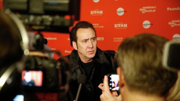 Актер Николас Кейдж дает интервью на премьере фильма Мэнди во время кинофестиваля Сандэнс в Парк-Сити, штат Юта