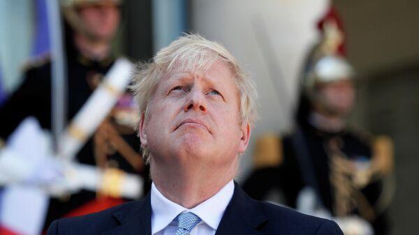 Премьер-министр Великобритании Борис Джонсон перед встречей с президентом Франции Эммануэлем Макроном в Париже