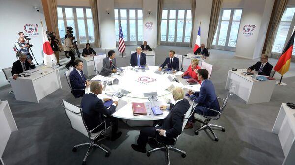 Рабочая встреча на полях саммита G7