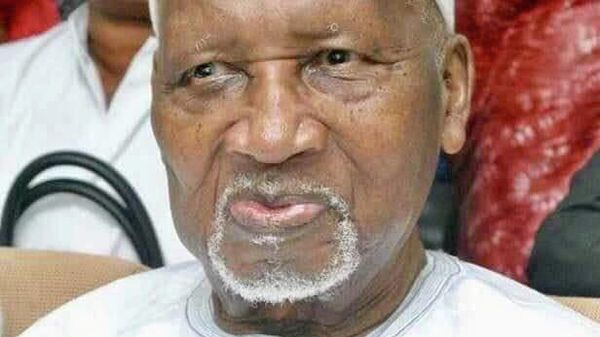 Первый президент Гамбии Дауда Кайраба Джавара