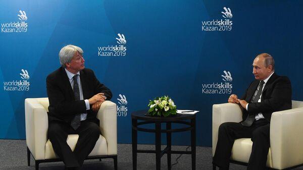 Президент РФ В. Путин принял участие в церемонии закрытия чемпионата мира WorldSkills 2019 в Казани