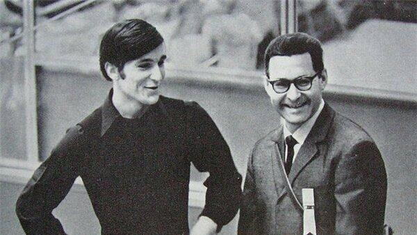 Российский тренер Игорь Москвин (справа)