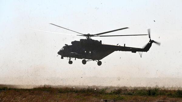 Вертолет Ми-8АМТШ Терминатор во время учений ЮВО в Ростовской области