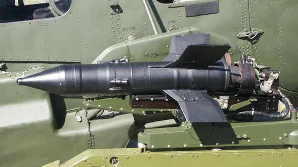 Ми-2 с ПТРК Малютка