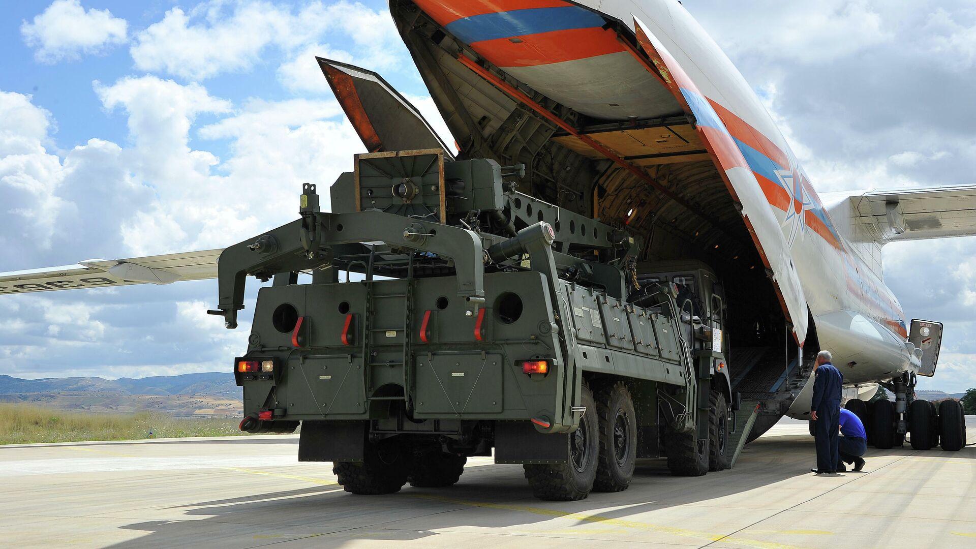 Поставка зенитной ракетной системы С-400 в Турцию - РИА Новости, 1920, 11.12.2020
