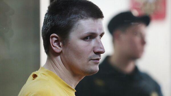 Блогер Владислав Синица во время оглашения приговора