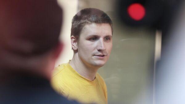 Блогер Владислав Синица в суде во время оглашения приговора
