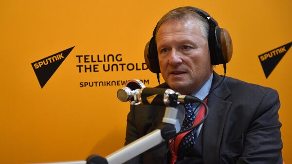 Уполномоченный при Президенте РФ по защите прав предпринимателей Борис Титов во время интервью радио Sputnik на V Восточном экономическом форуме во Владивостоке