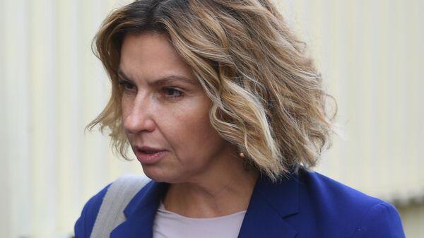 Генеральный директор телеканала Дождь Наталья Синдеева перед допросом в Следственном комитете РФ
