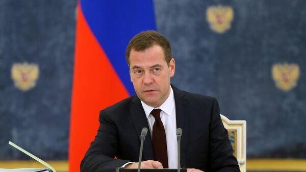 ЕР прошла проверку на прочность на выборах, заявил Медведев