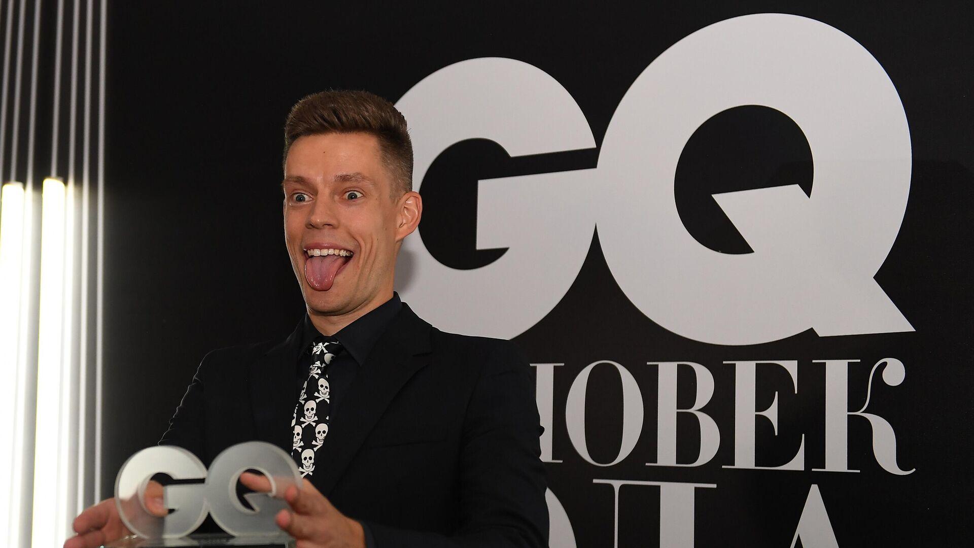 Журналист и блогер Юрий Дудь, победивший в номинации Лицо с экрана, на церемонии вручения 17-й ежегодной премии Человек года 2019 по версии журнала GQ - РИА Новости, 1920, 10.06.2021