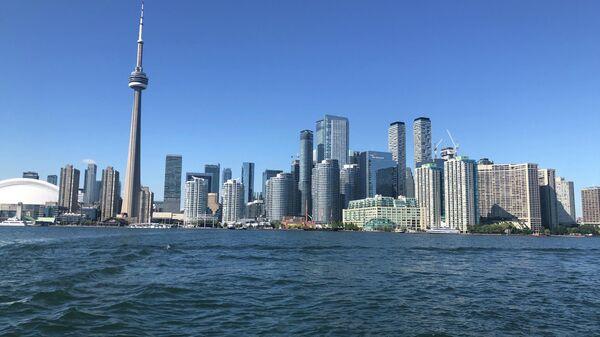 Торонто. вид на Торонто с озера Онтарио