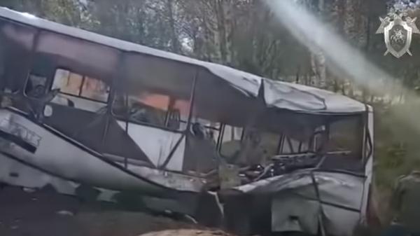 СК опубликовал видео с места ДТП в Ярославской области