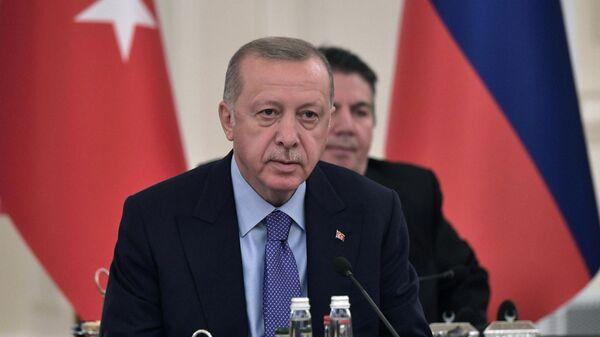 Президент Турции Реджеп Тайип Эрдоган на V встрече глав государств - гарантов Астанинского процесса содействия сирийскому урегулированию