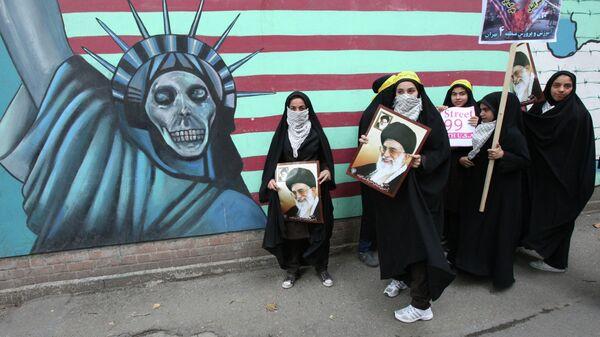 Антиамериканский митинг в Тегеране