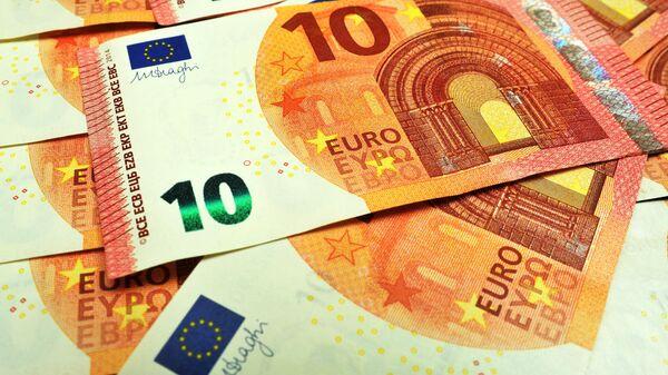 Банкноты номиналом 10 евро