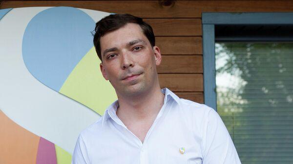 Игорь Новиков