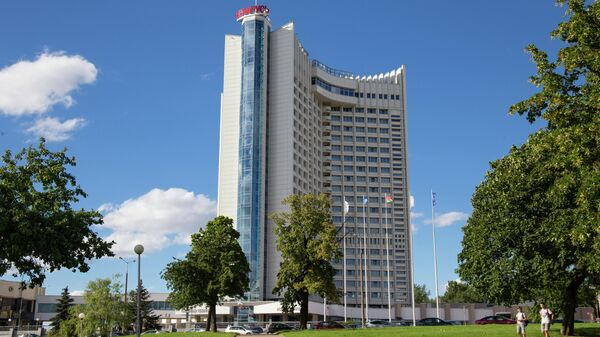 Здание гостиницы Беларусь в Минске