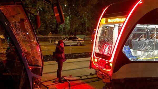 Последствия ДТП в районе д. 13 на ул. Ивантеевская c участием двух трамваев №2 и №7, следовавших в попутном направлении
