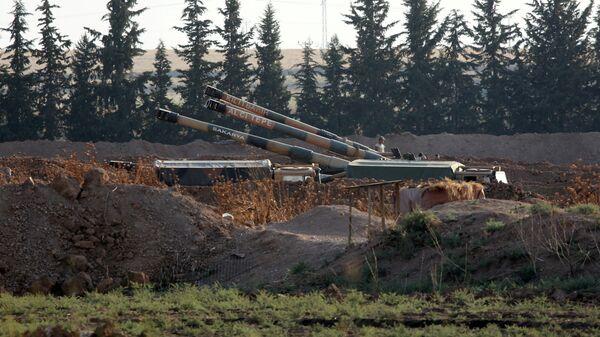Турецкая военная техника на границе Турции и Сирии
