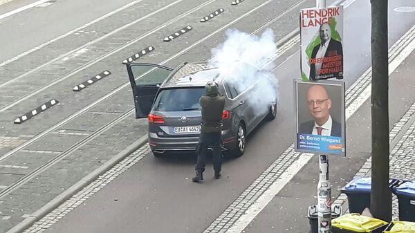 Один из нападавших на улице Галле, Германия