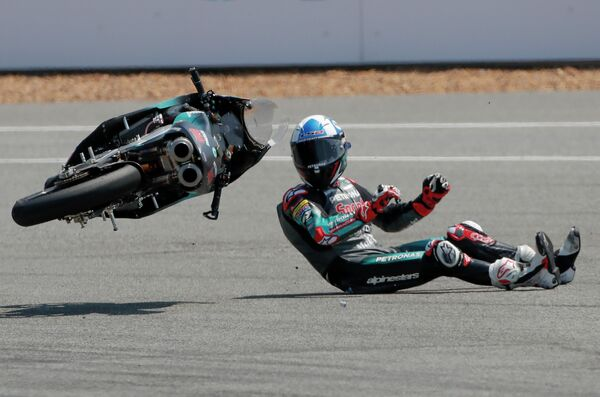 Пилот Petronas Sprinta Racing Джон Макфи во время гонки Гран При Таиланда в категории Moto3