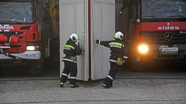 В Пензе загорелся склад