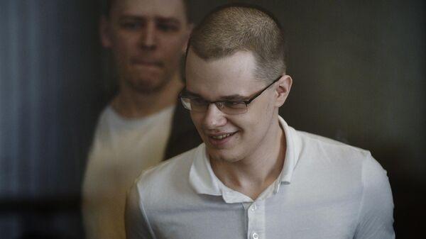 Обвиняемые по делу Нового величия Вячеслав Крюков и Дмитрий Полетаев