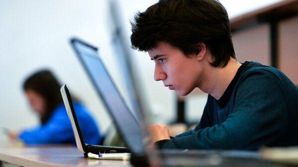 В октябре в России запустят первый онлайн-университет социальных наук