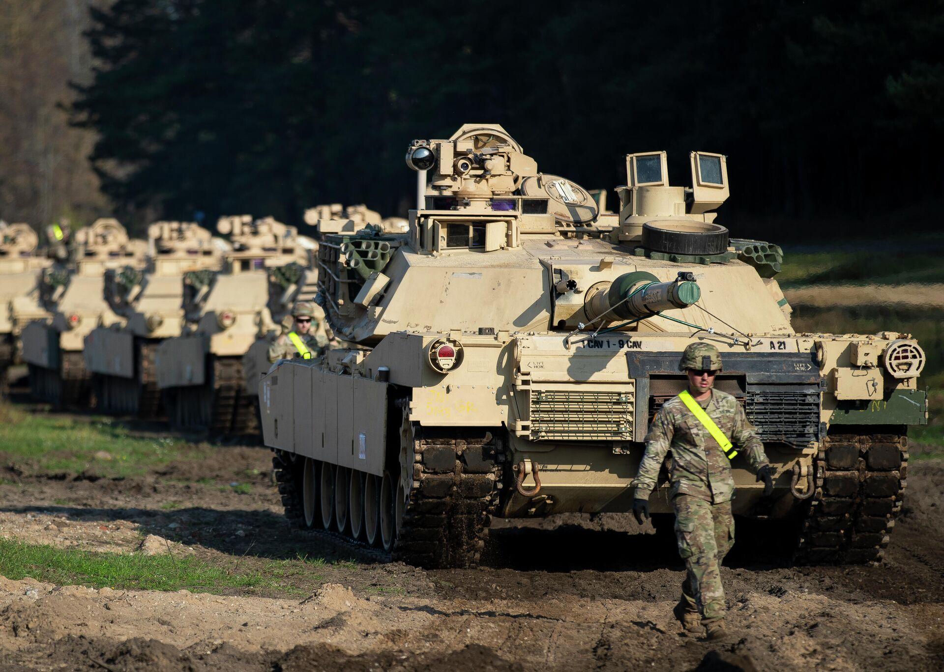 Американские танки Абрамс в городе Пабраде, Литва. 21 октября 2019 - РИА Новости, 1920, 02.02.2021