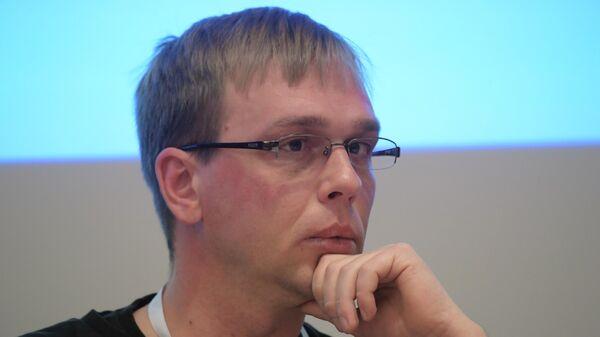 Журналист Медузы Иван Голунов на конференции  Свобода СМИ и безопасность журналистов в России и в регионе ОБСЕ: вызовы и возможности в эпоху цифровых технологий