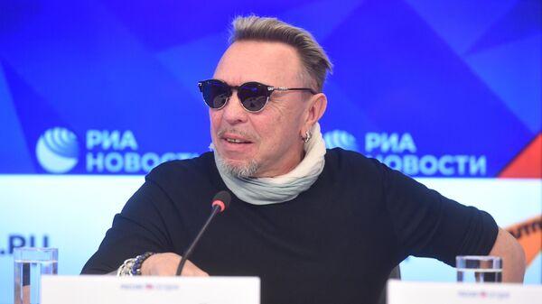 Рок-музыкант Гарик Сукачёв на творческой встрече в президентском зале МИА Россия сегодня в Москве