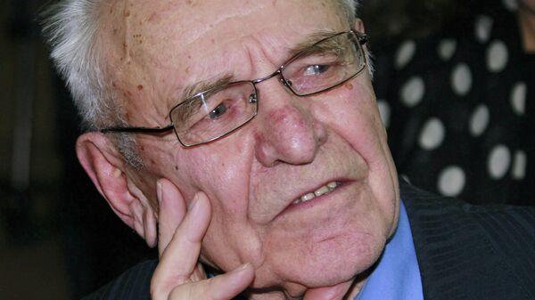Журналист Михаил Ненашев