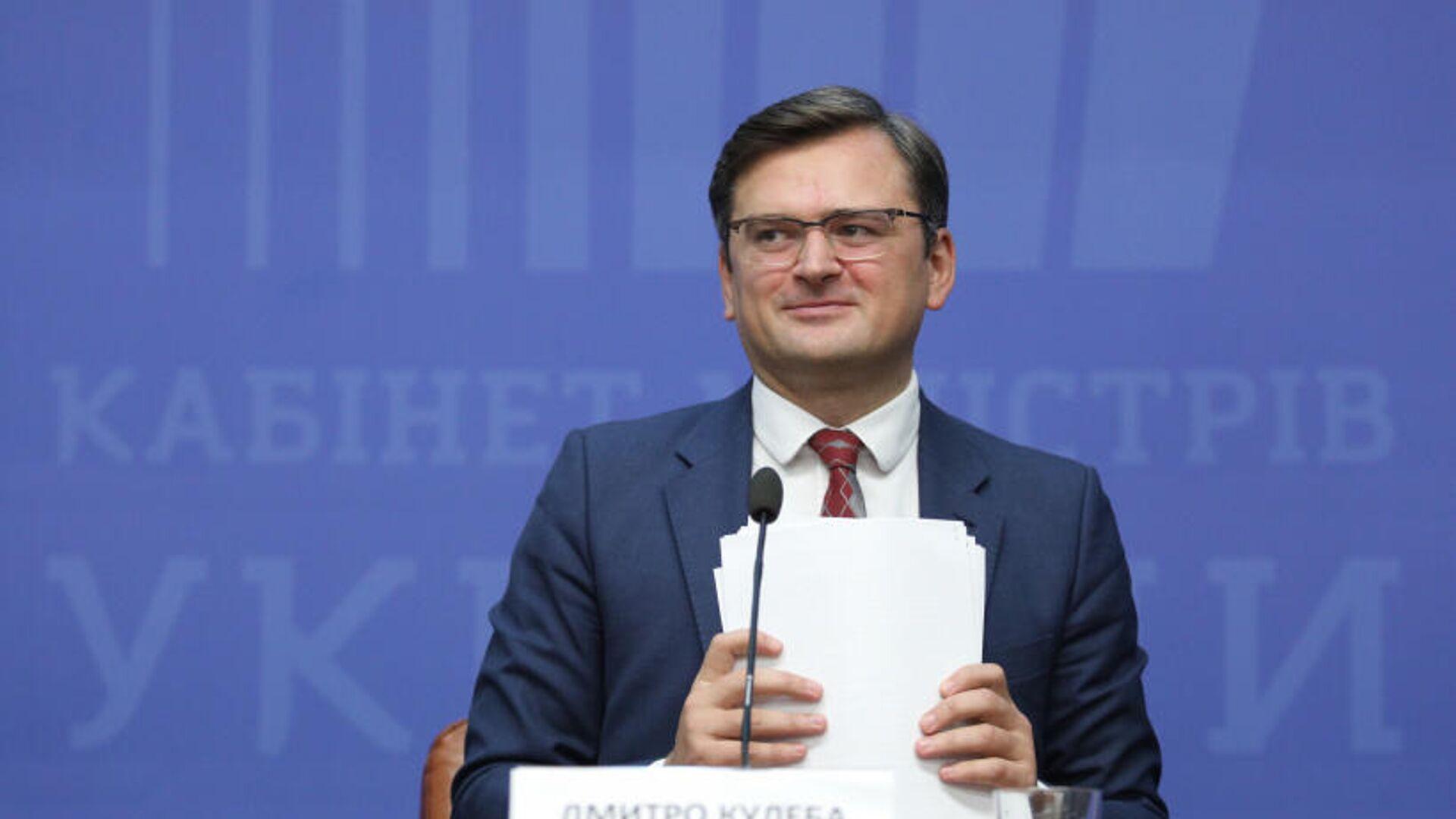 Кулеба заявил о готовности Украины дальше обсуждать с Венгрией права нацменьшинств