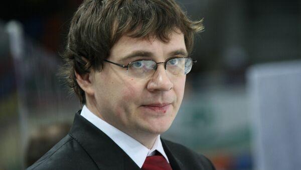 Главный тренер Трактора Андрей Назаров