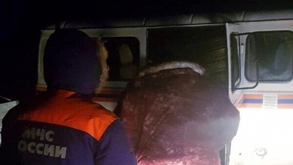 Спасатели Комсомольска-на-Амуре нашли заблудившегося из-за метели рыбака